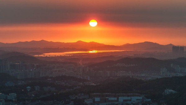 Seoul sunset seen from N Seoul Tower
