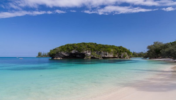 Isle of Pines - Kanumera Bay - Sacred rock of Kanumera